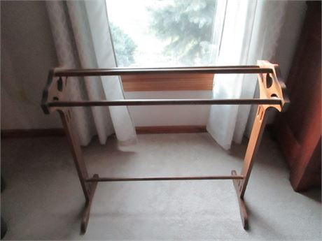 "Premium Craftsman Made Solid Wood 30 1/2"" Quilt Rack Display Stand"