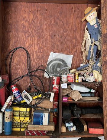 Garage Cabinet Clean Out Lot