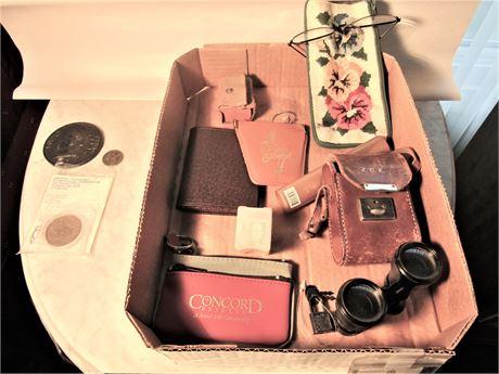 Box of Miscellaneous Novelty Keepsakes