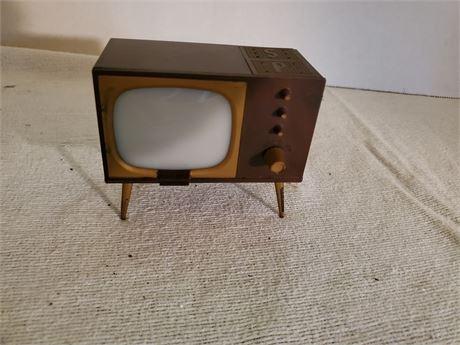 Vintage Console TV Salt & Pepper Set