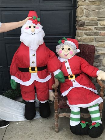 5 Foot Tall Mr. & Mrs. Claus
