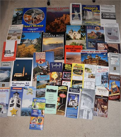 Nice lot of brochures and programs from US landmarks, 1970's-Present