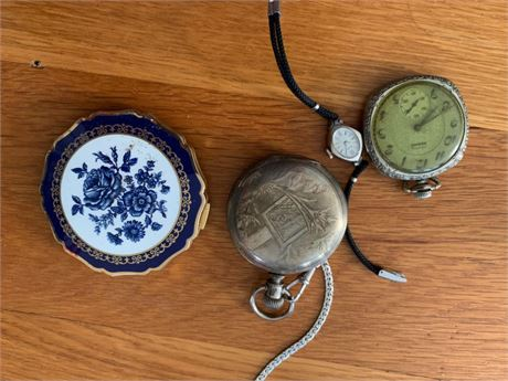 POCKET WATCHES AND LOCKETS
