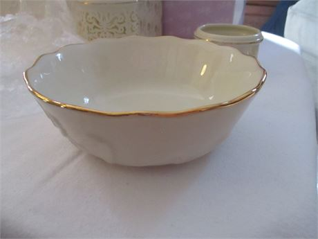 """Lenox Fine China Ivory & gold Floral Relief 5 1/2"""" Bowl Dish"""