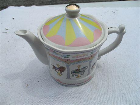 "Vintage 5"" Carousel Merry Go Round Ceramic Tea Pot"