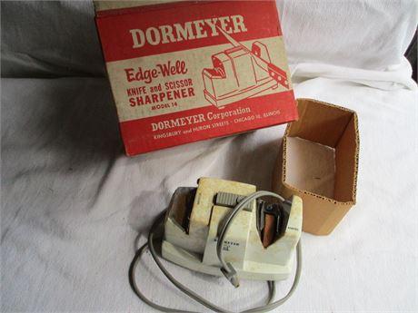 Dormeyer Edge-Well Electric Knife & Scissor Model 14 In Box