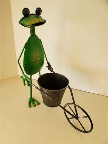 Metal Frog W/ Wheelbarrow