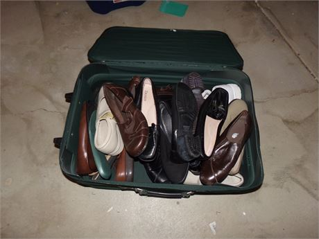 Suitcase of women's shoes