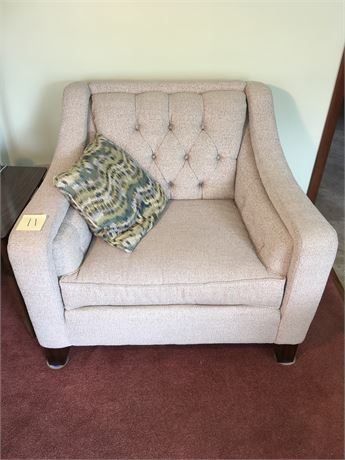 Flexsteel Upholstered Oversized Arm Chair