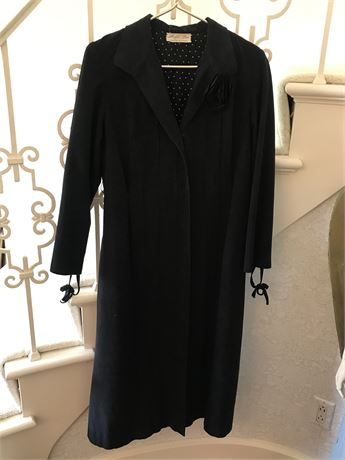 Woman's Vintage Custom Made Coat - size small
