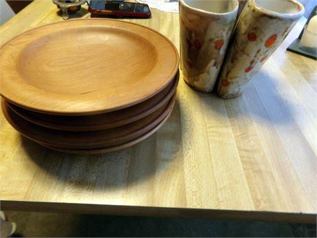 4 Wood Plates and Ceramic Holder