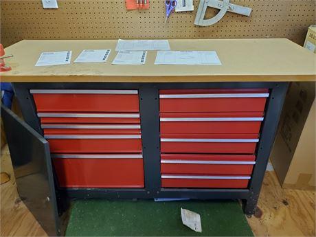 Craftsman Tool Bench w/ Vise