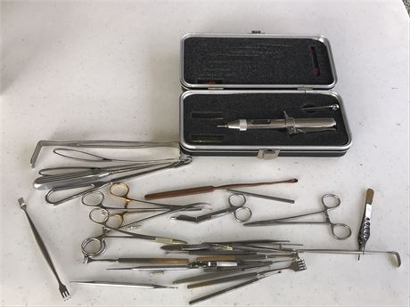 MADA Jet Injector and Surgical Instruments