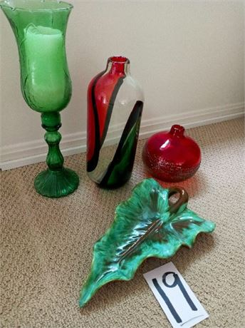 Art Glass and Pottery Lot