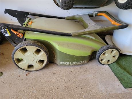Neuton Cordless Electric Mower w/ Battery & Charger
