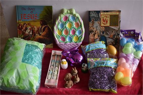 Easter Eggs/Grass-two Storybooks-Minis
