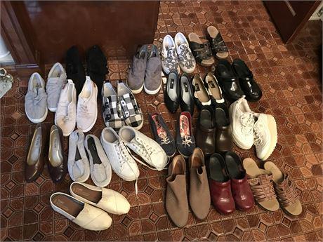 Women's Shoes Lot