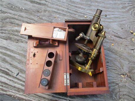 Antique 1901 E Leitz WETZLAR  57213 Professional Microscope w/Case