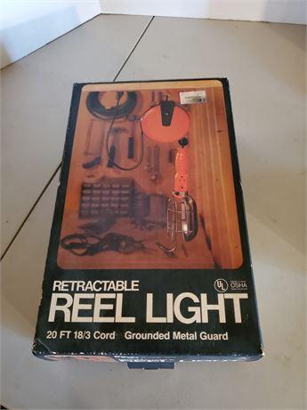 Vintage 20' Retractable Reel Light NIB