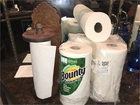 Wooden Paper Towel Holder with paper towels