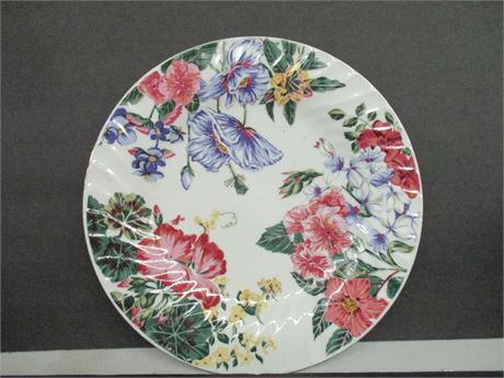 "Vintage MPD 1995 Royal Gallery 10 1/2""  Decorator Art Plate"