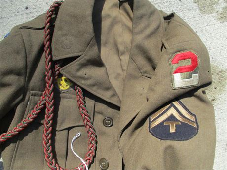 Vintage 1943 US Army Eisenhower Green Wool Coat w/ Patches
