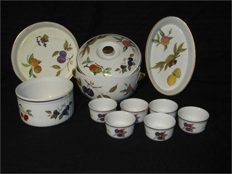 English Royal Winchester Oven to Table ware