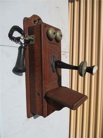 Antique Oak Kellogg Chicago 1901 Wall Crank Telephone