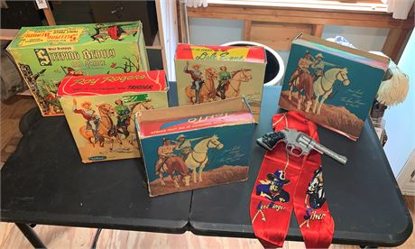 Vintage Lone Ranger and Tonto, Dales Evans and Roy Rogers Action Figures