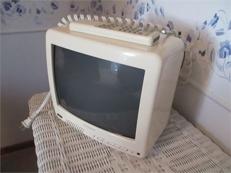 """Vintage 10"""" Panasonic Old Style collectible Portable color Television TV"""