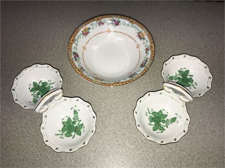 Porcelain Lot - 2 pieces of Herend and 1 Eamag Bavaria