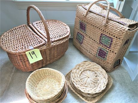 Large Wicker Picnic Basket, Wicker Shopping Bag, and Variety of Bread Baskets