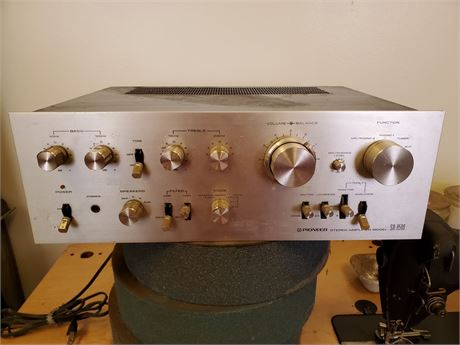 Pioneer SA-8500 Stereo Amplifier