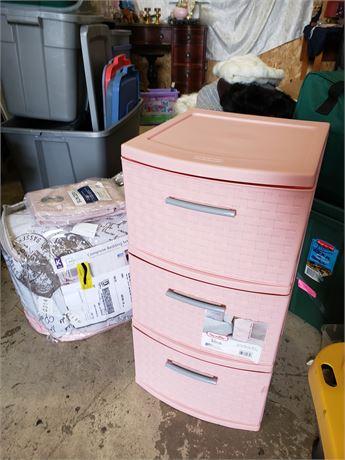 Paris Theme King sized Bed set Pink Sun Zero Panel Sterilite storage Room Lot
