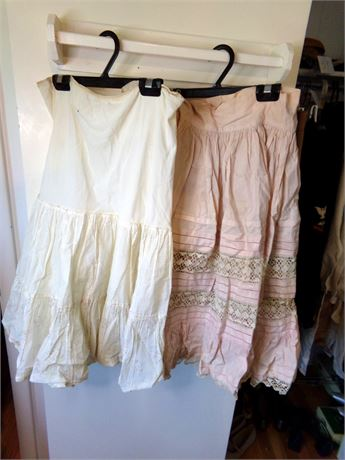 Vintage Underskirt and Lace Skirt Topper
