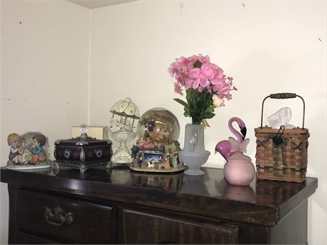 Top of Dresser Clean Out Lot (9 items)