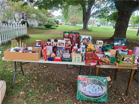 HUGE Christmas Lot Mixed Village Houses/Decor/Collectibles&More