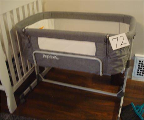 2-in-1 Bassinet & Bedside Sleeper