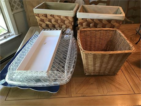 Plastic Service Trays and Basket Lot #2