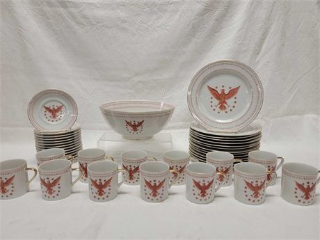 Ethan Allen American Traditional Interiors Red Eagle  Dinnerware