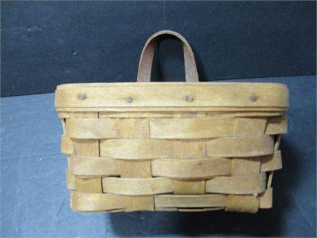 """1986 Longaberger 6"""" Woven Hanging wood Basket"""
