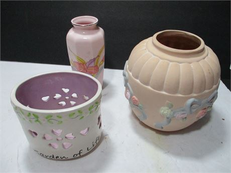 Vintage 3 Pc  Mixed Ceramic & china Pastel Colored Lot