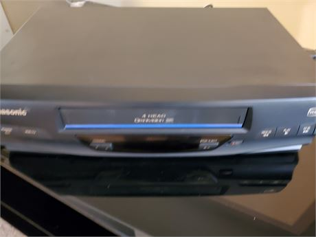 Panasonic VCR Model PV-V40305